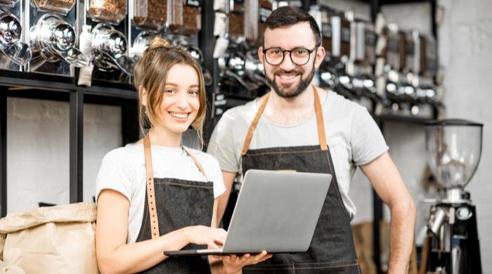 casal de empreendedores, peuenos negócios prospecção de leads B2B